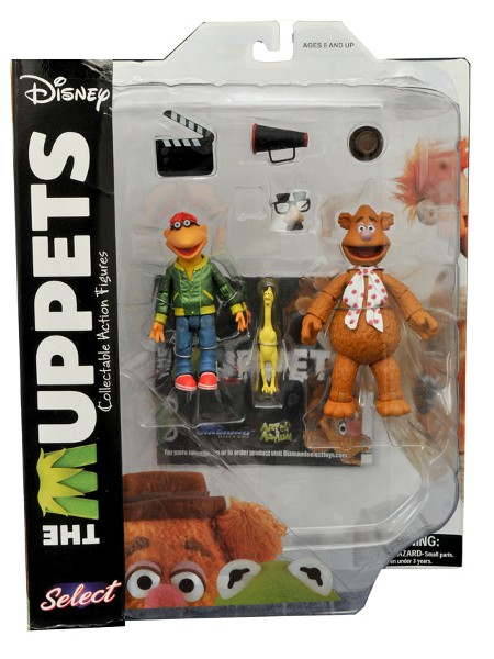 Diamond Select Toys The Muppets Fozzie with Scooter Figures